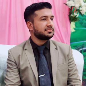 Savvy Specialist Mudassir Haroon