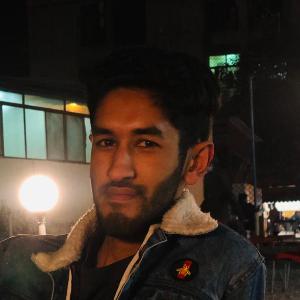 Savvy Specialist Shahrukh Mustafa