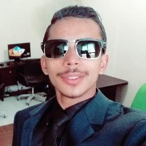 Savvy Specialist Hadeed Zubair Shahid